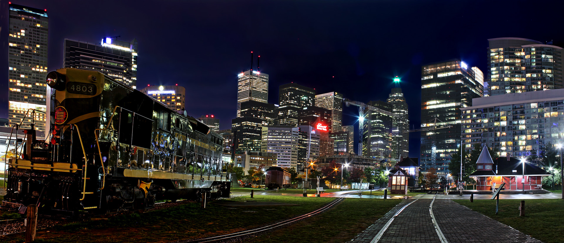 Photograph Toronto by Lee Parks on 500px