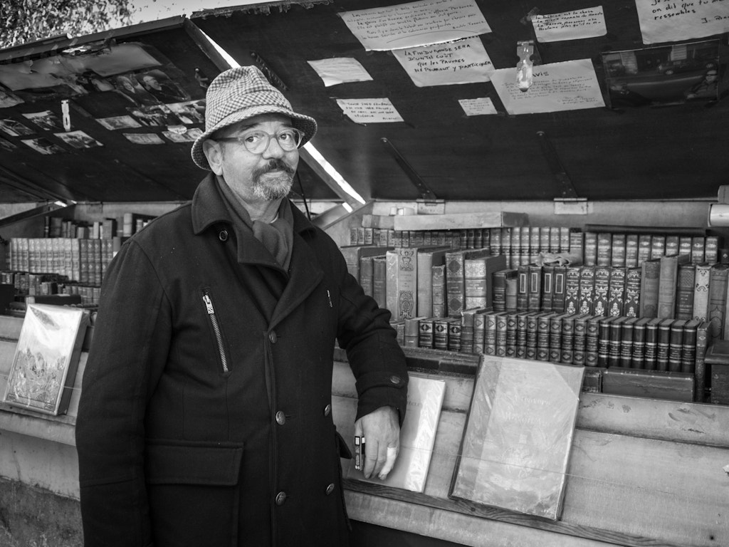 Photograph  françois le bookseller // paris, france by Pamela Ross on 500px