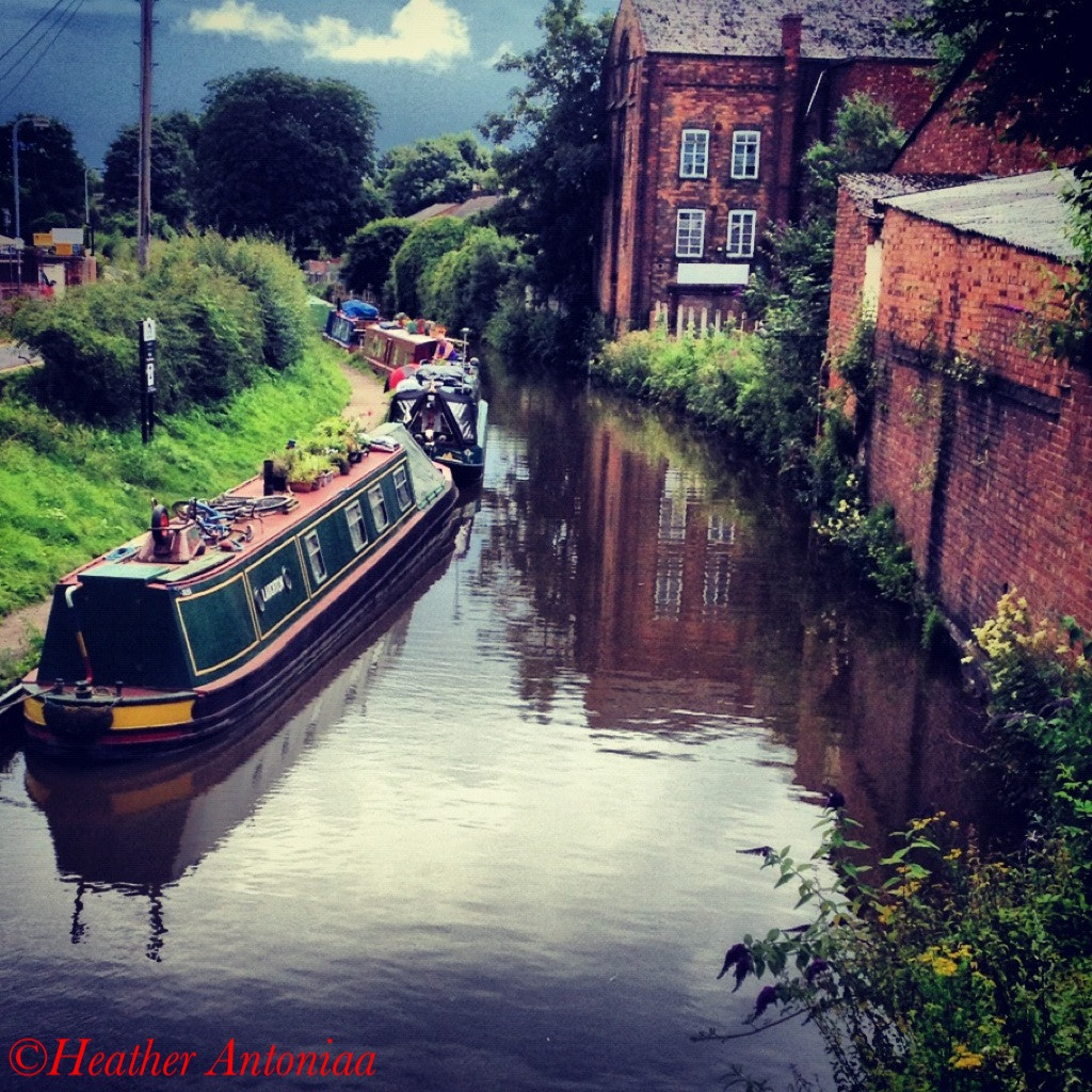 Photograph canal  by heather antoniaa on 500px