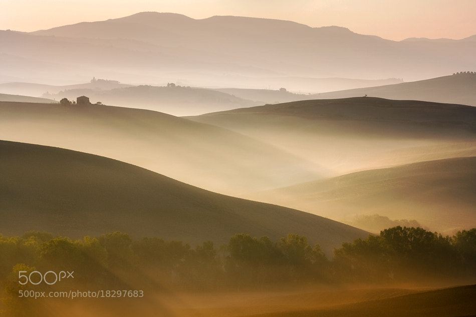 Photograph Val d'Orcia at dawn by Marcin Sobas on 500px