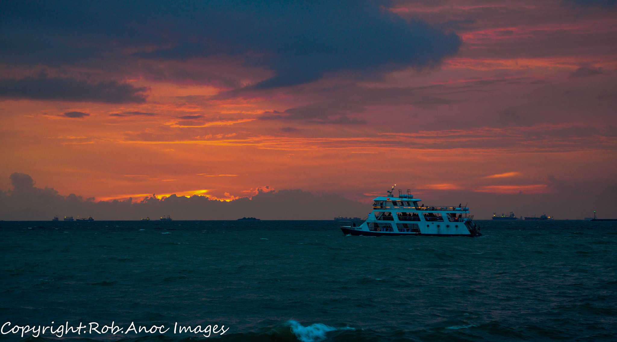 Photograph manila bay cruise by ROBERT JR ANOC on 500px