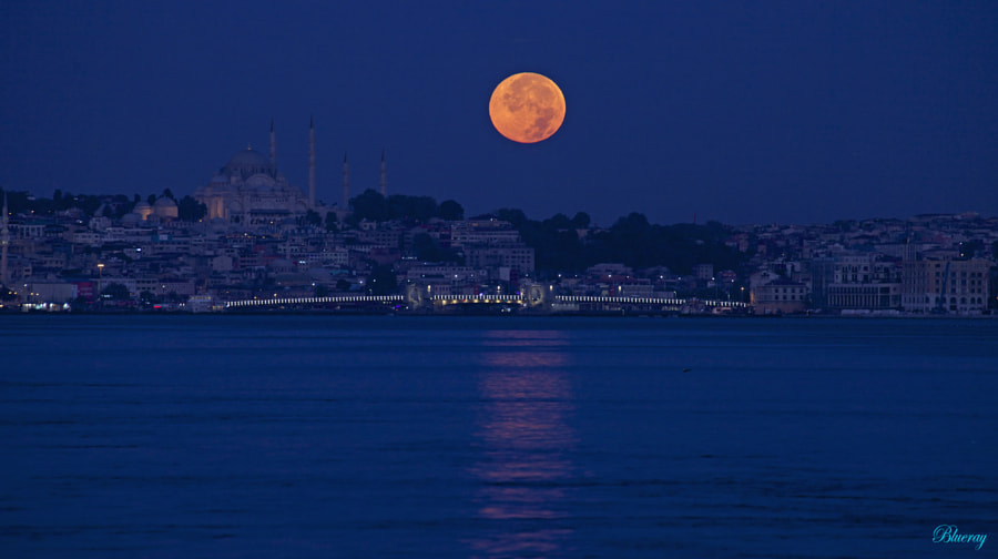 ISTANBUL&MooN by Eray Blueray on 500px.com