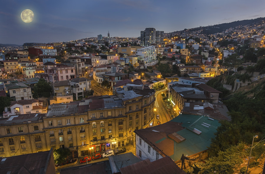 Beatiful night aerial view of Valparaiso in Chile by Mariana Ianovska on 500px.com