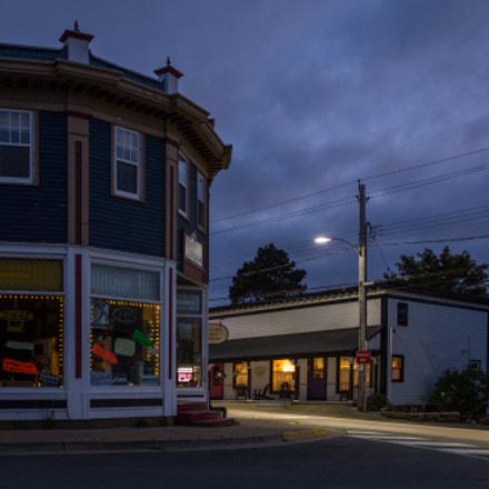 Annapolis Royal⏐Corner store at dusk