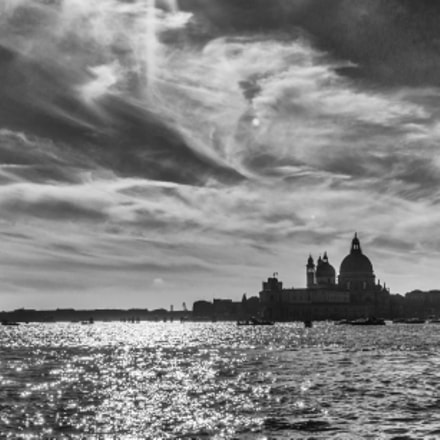 In Venice, sunny., Sony SLT-A77, Minolta/Sony AF 20mm F2.8