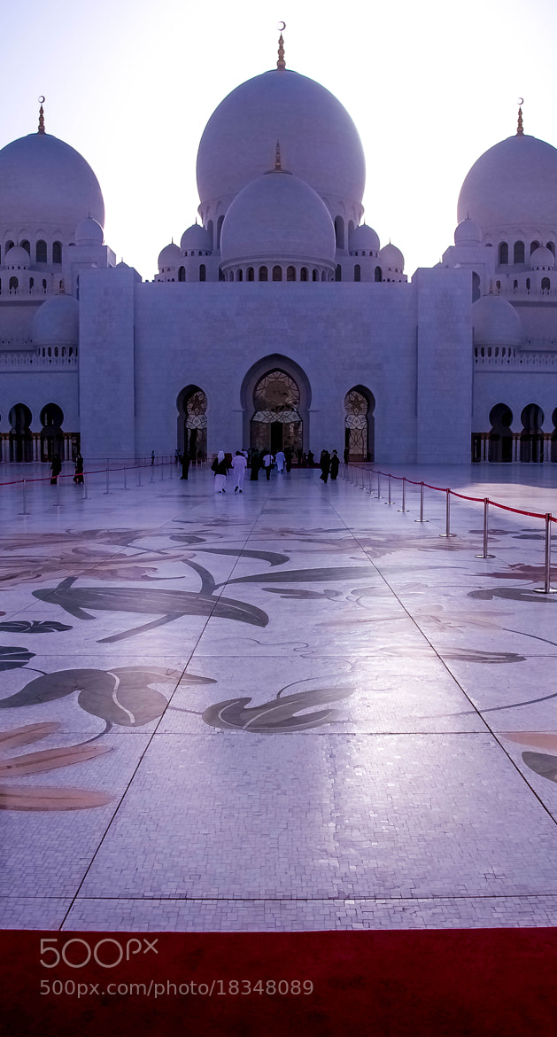 Photograph Red Carpet _ The Grand Mosque by julian john on 500px