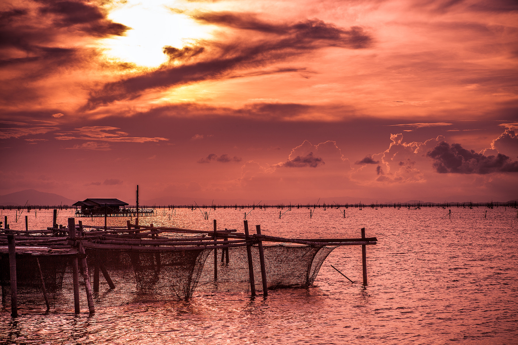 Photograph Koh Yor - Songkhla by Paphawit Ngamchaliew on 500px