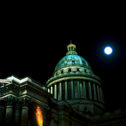 Blue Moon in Paris, Sony DSC-T20