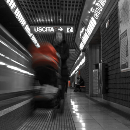 mentre tutto corre Metro, Sony SLT-A77V, Tamron SP AF 17-50mm F2.8 XR Di II LD Aspherical [IF]