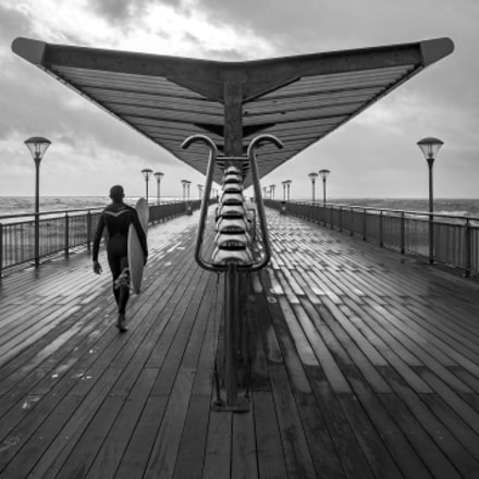 Boscombe Pier and Dude, Nikon D300, Sigma 18-125mm F3.5-5.6 DC