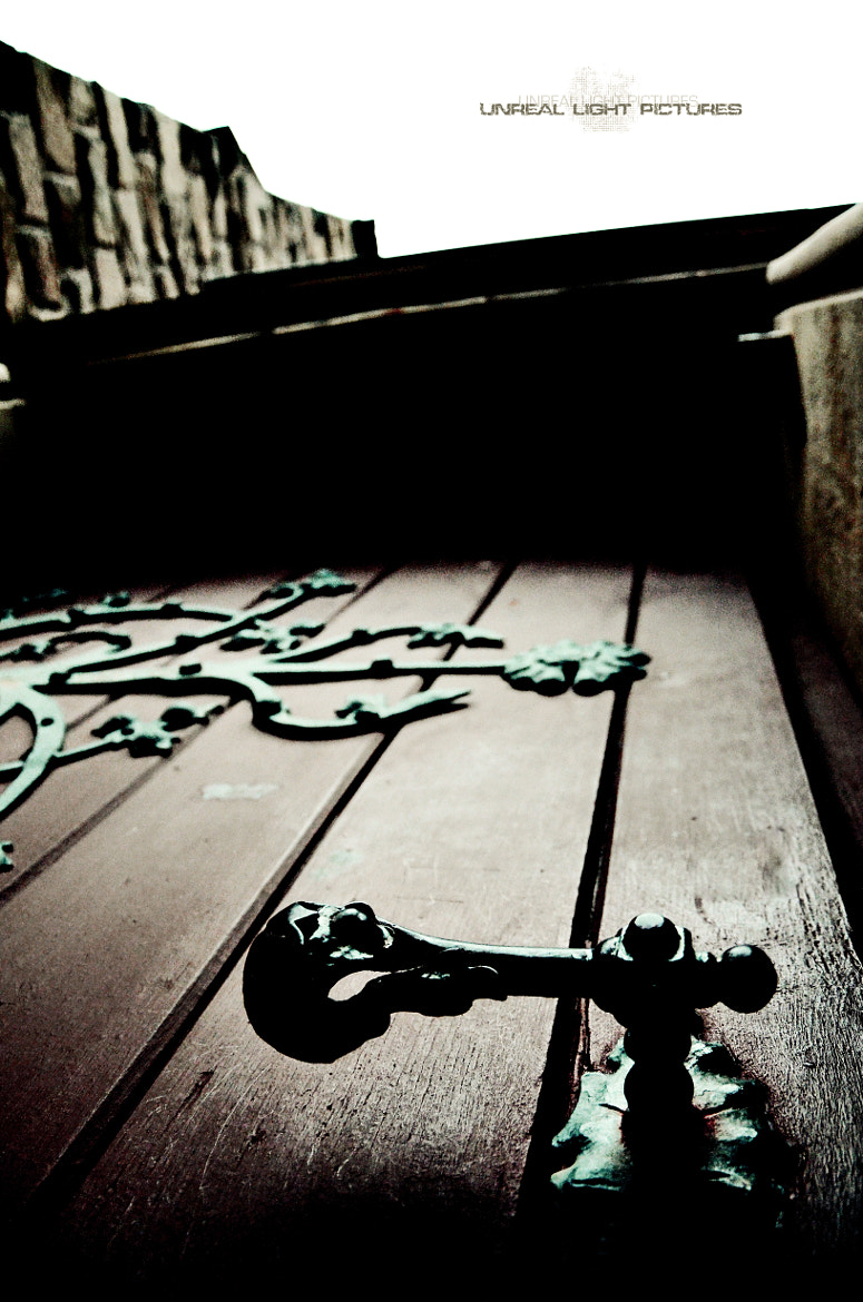 Photograph Old door by Unreal Light Pictures on 500px