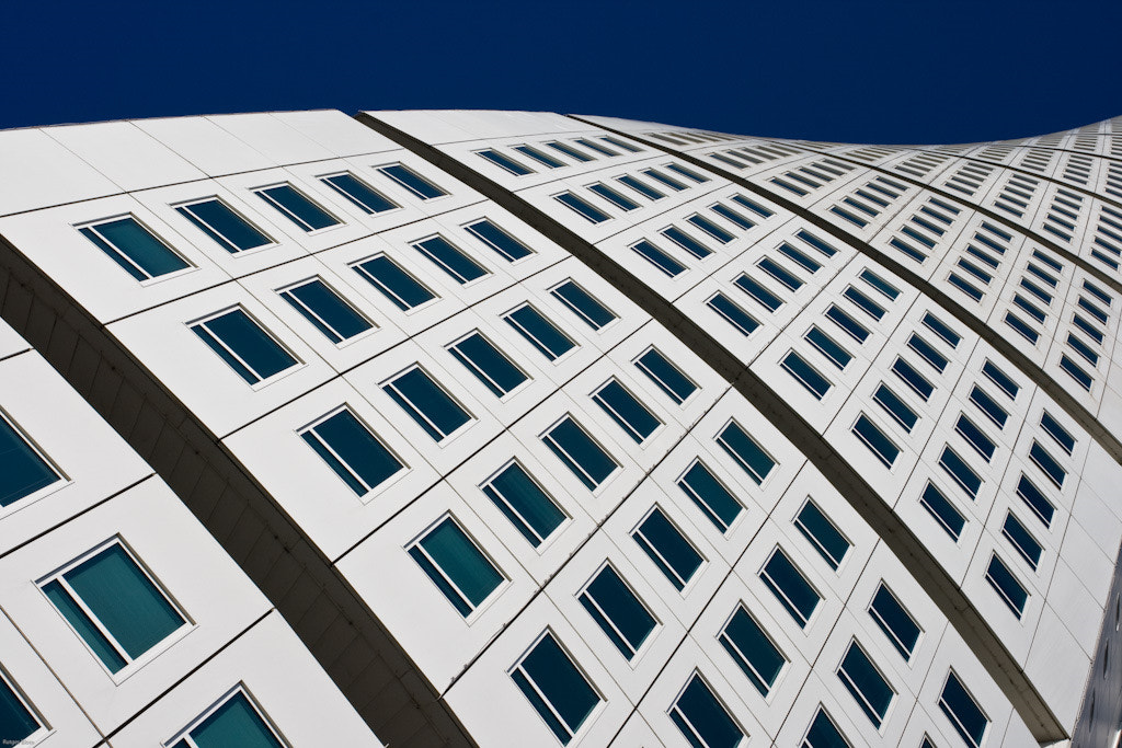 Photograph Turning Torso by Rutger Blom on 500px