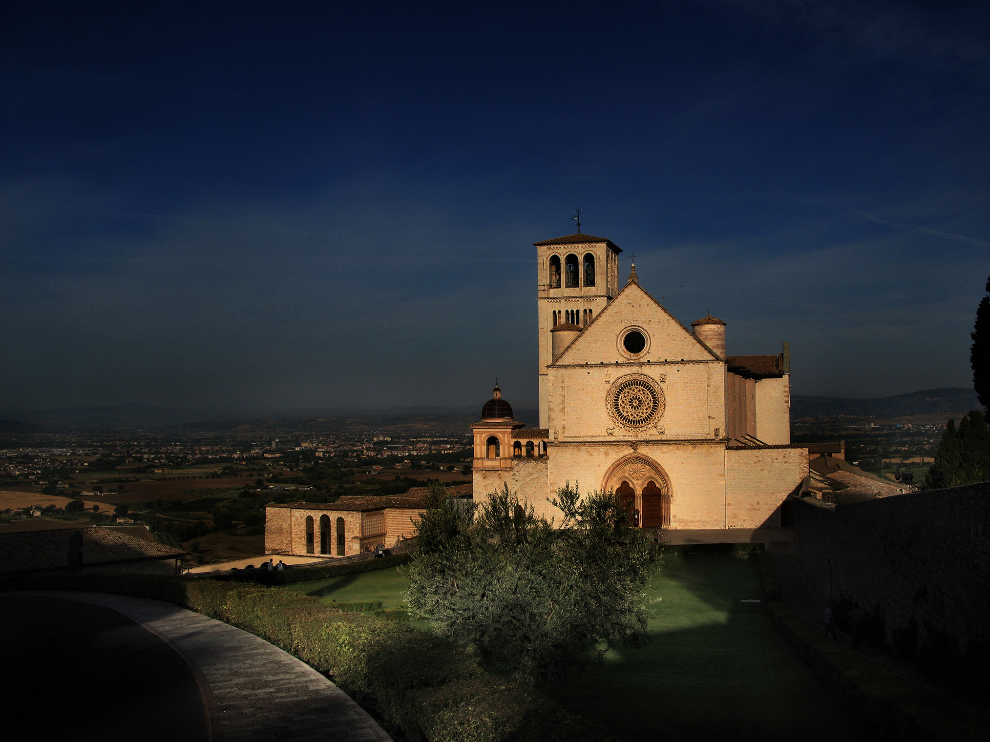 Photograph ASSISI by Aldo Porta on 500px
