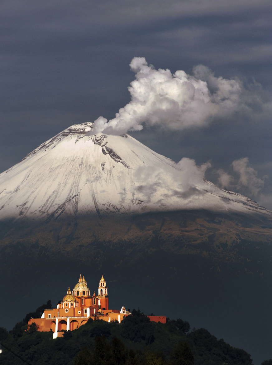 Photograph Popocatepetl raging and snowy by Cristobal Garciaferro Rubio on 500px