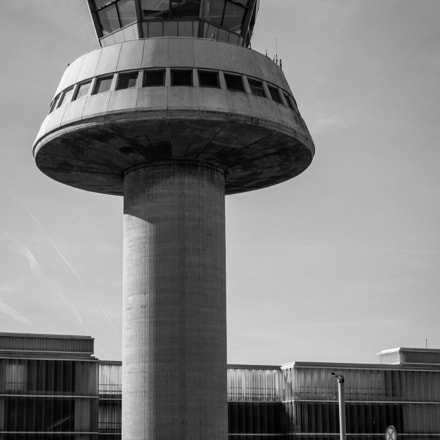 Barcelona Airport, Sony ILCE-6000, Sigma 30mm F2.8 [EX] DN