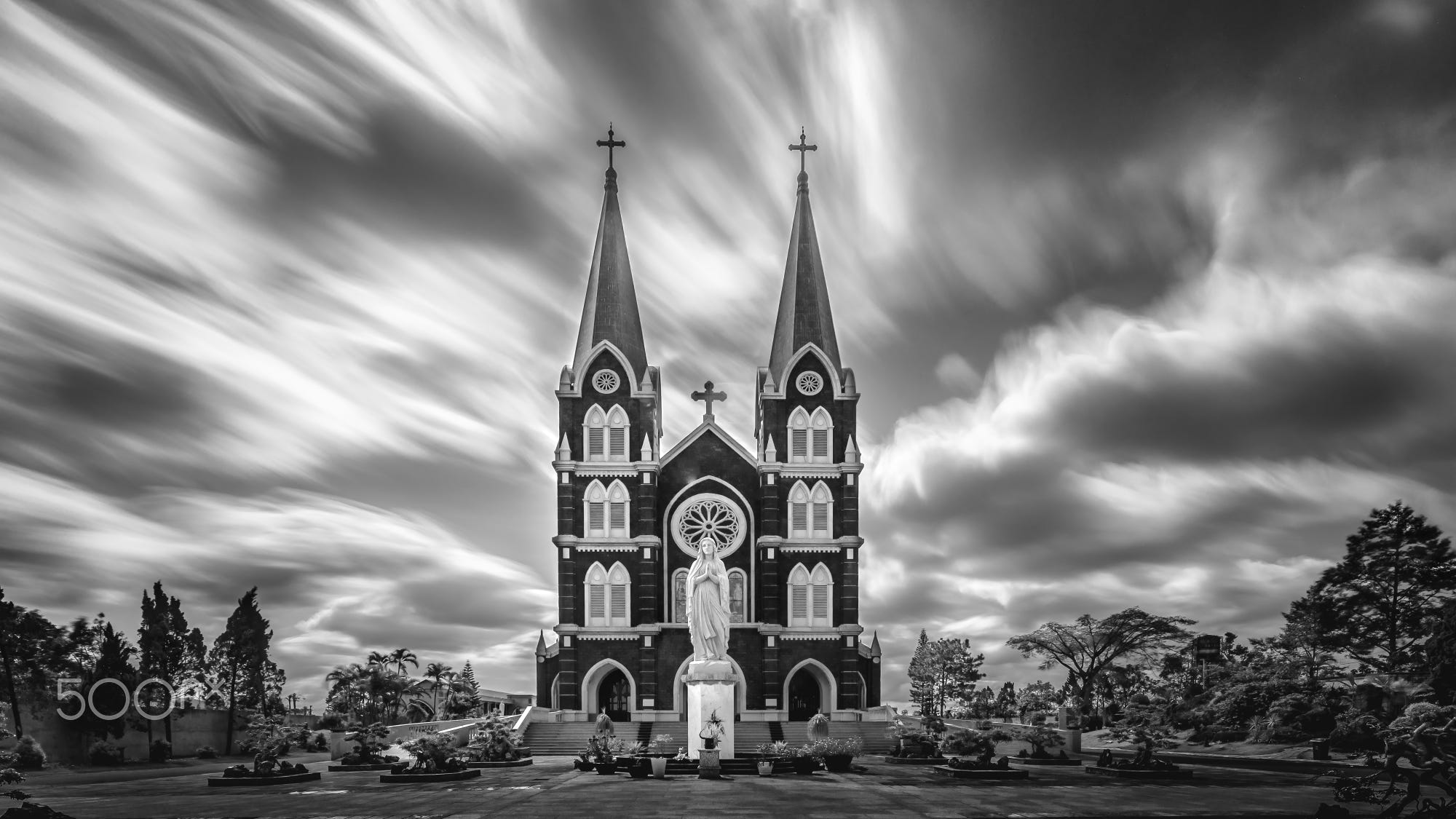 Captured with the IRix 15mm and a 16-stop ND filter. ©Bombo Photo, All rights reserved.