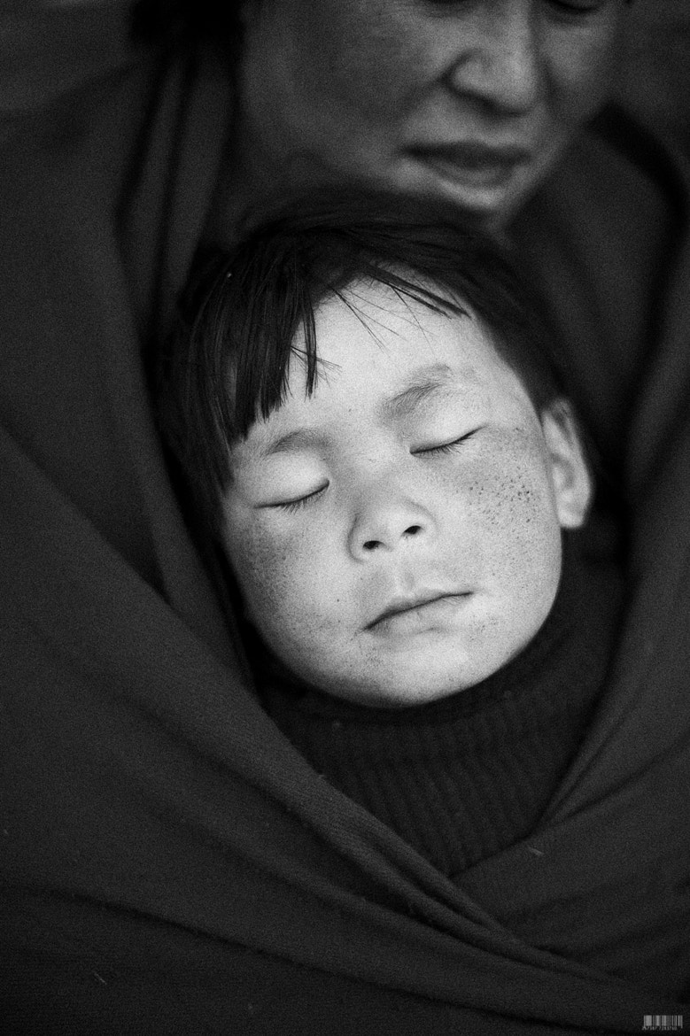 Photograph kiddo, phobjikha bhutan, 2011 by  momofuku on 500px