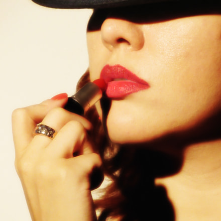 The Sexy Red Lipstick, Canon POWERSHOT SX520 HS