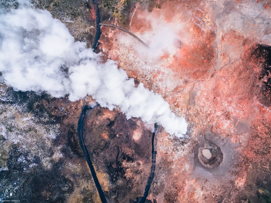 A geyser from above by Antonio Carrillo López on 500px.com