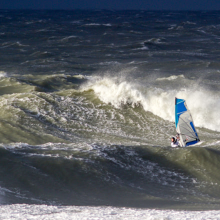 Windsurfing the storm, Canon EOS 7D MARK II, Canon EF 300mm f/4L IS