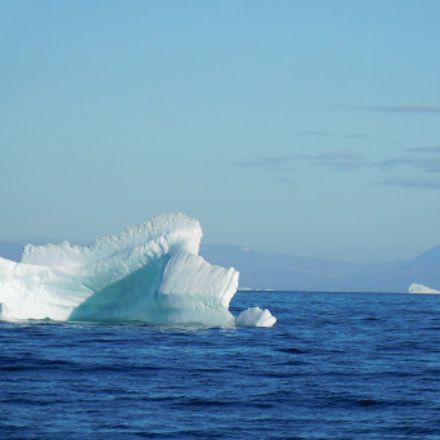Feathered Iceberg in Blue, Nikon COOLPIX S7000
