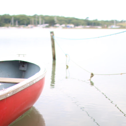 Boat by the water, Canon EOS 70D, Canon EF 35mm f/1.4L USM