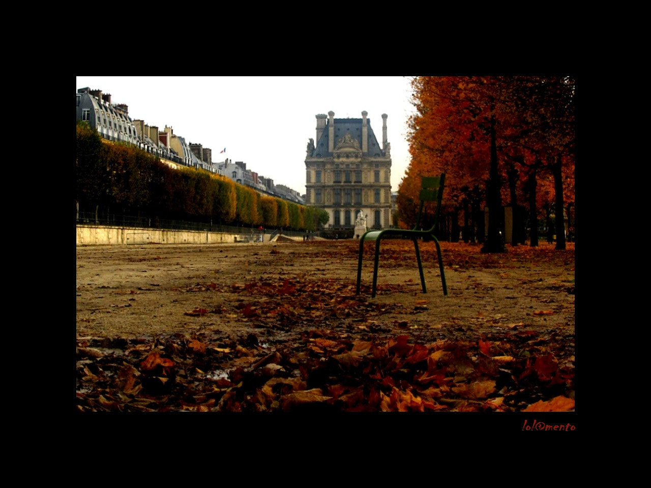 Photograph La chaise des Tuileries by Lola Mento Mucho on 500px