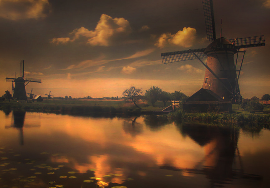 Photograph 30's kinderdijk  by Patrick Strik on 500px