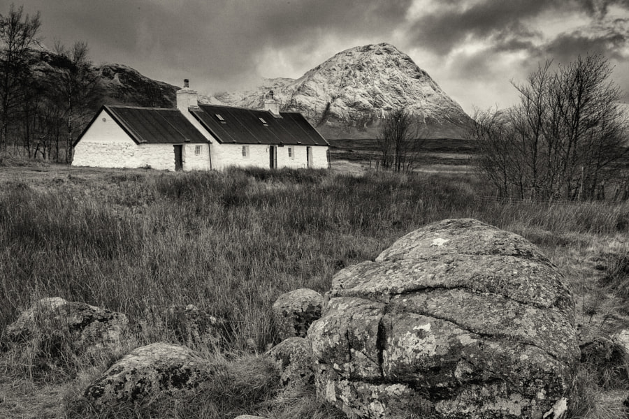 The winter on it's doorsteps. To start the week in Glencoe, first a picture of an icon.