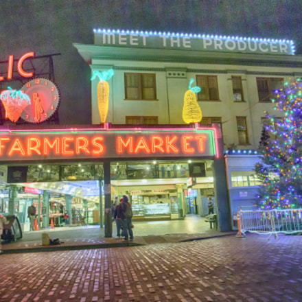Pike Place Market for, Canon EOS-1D C, Carl Zeiss Distagon T* 18mm f/3.5 ZE