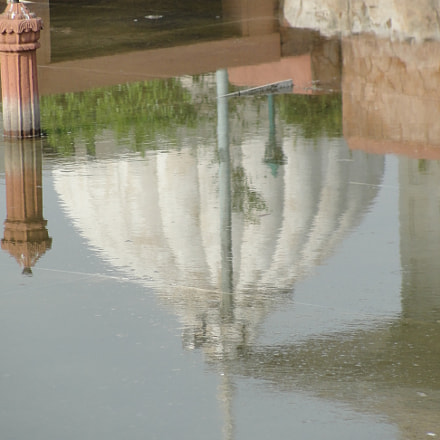 Red Fort Reflections, Sony DSC-H20