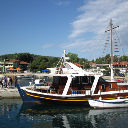 Departure to New Athos, Canon POWERSHOT A2100 IS