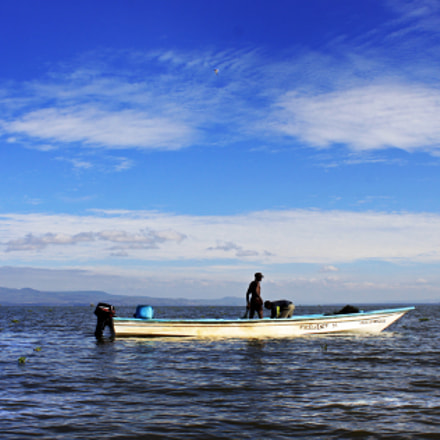 Lake Naivasha fishermen, Canon EOS REBEL T1I, Canon EF-S 18-55mm f/3.5-5.6 IS