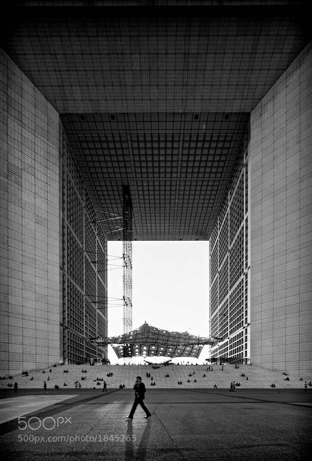 Grande Arche de la Defense, Paris. Taken with a 17mm TSE lens