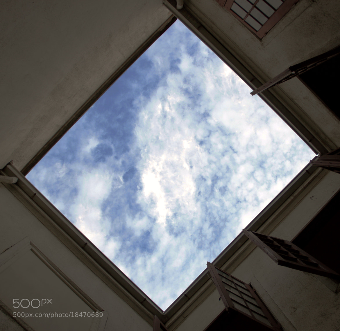 Photograph Sky Achitecture ( Santiago de Chile )  by Francisco Díaz Romero on 500px