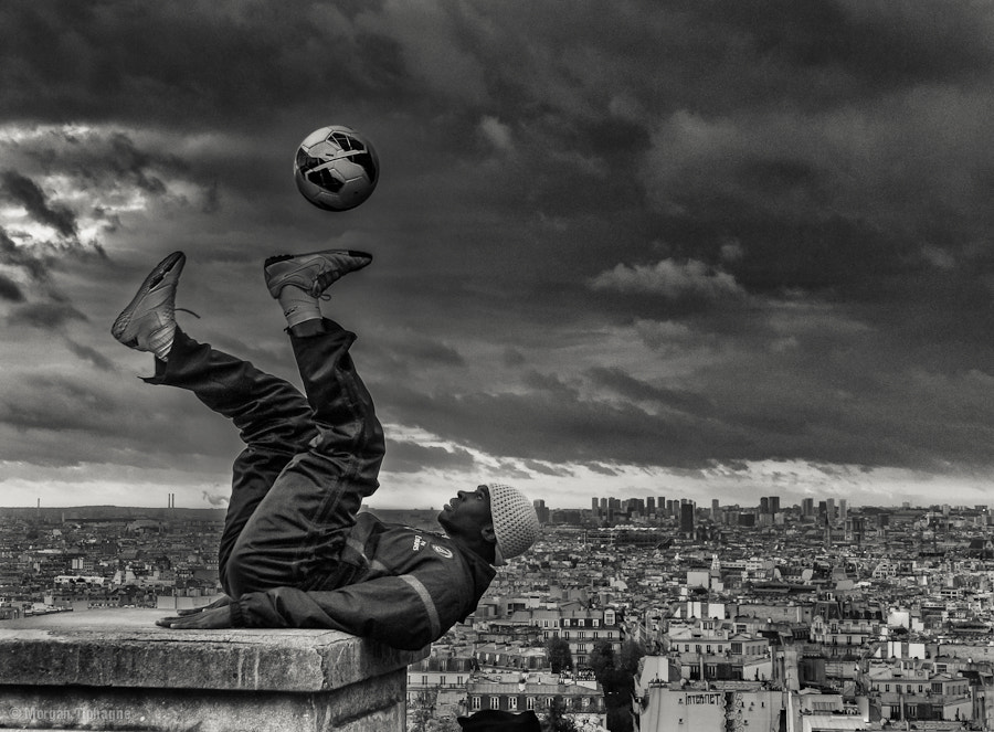 Photograph A ball in the sky by Morgan Tiphagne on 500px