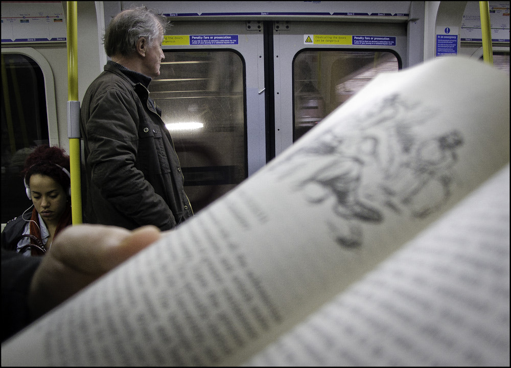 Photograph People Reading by Sven Loach on 500px