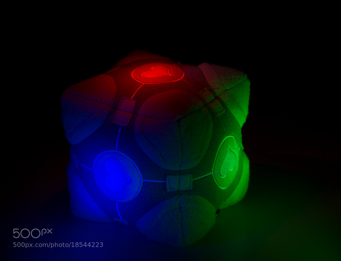 Photograph The Weighted Companion Cube by Andre Recnik on 500px