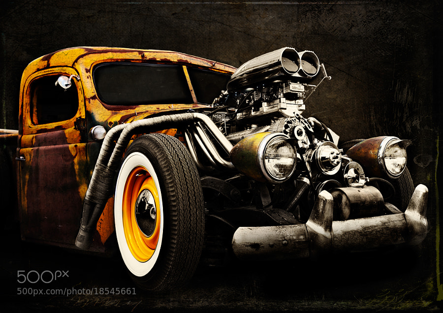 Photograph Vintage Car by Tetyana Kovyrina on 500px