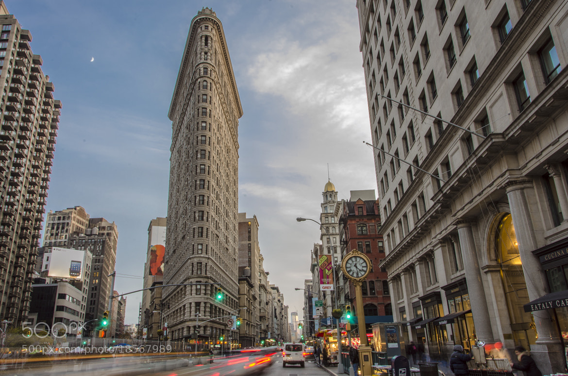 Photograph Busty Flat Iron District by Mauricio Fernandez on 500px