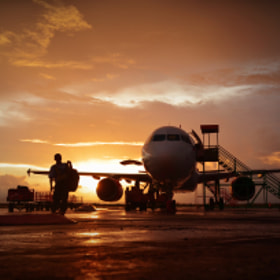 One day at the tarmac by Vey Telmo (virtel2)) on 500px.com
