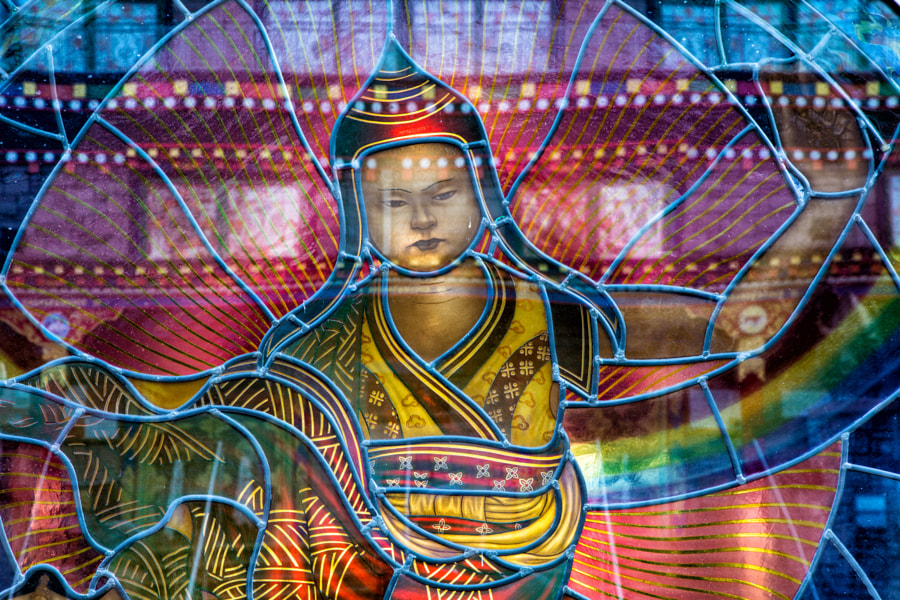 Tibetan stained glass