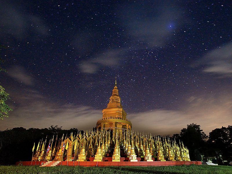 Photograph wat parsawangboon by mhucool wattana on 500px