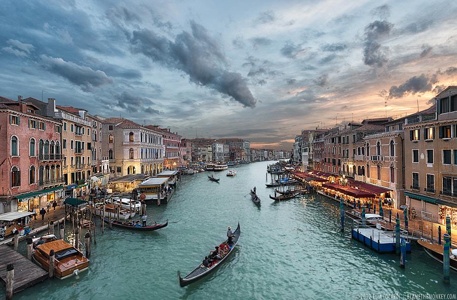 Beyond The Rialto by Elia Locardi on 500px