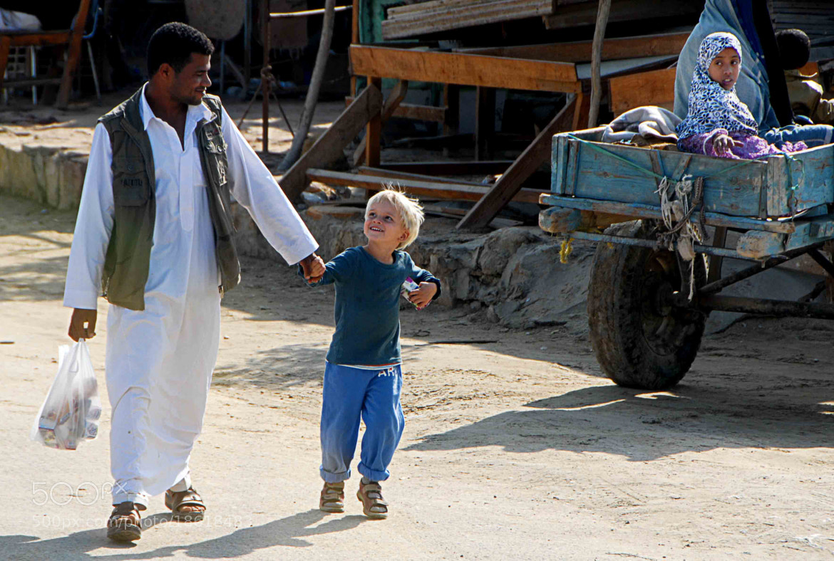 Photograph His son ? by Ali El Hedek on 500px