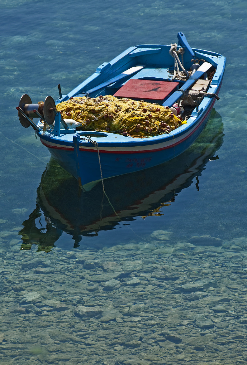 Photograph Lonely boat by Konstantinos Arvanitopoulos on 500px