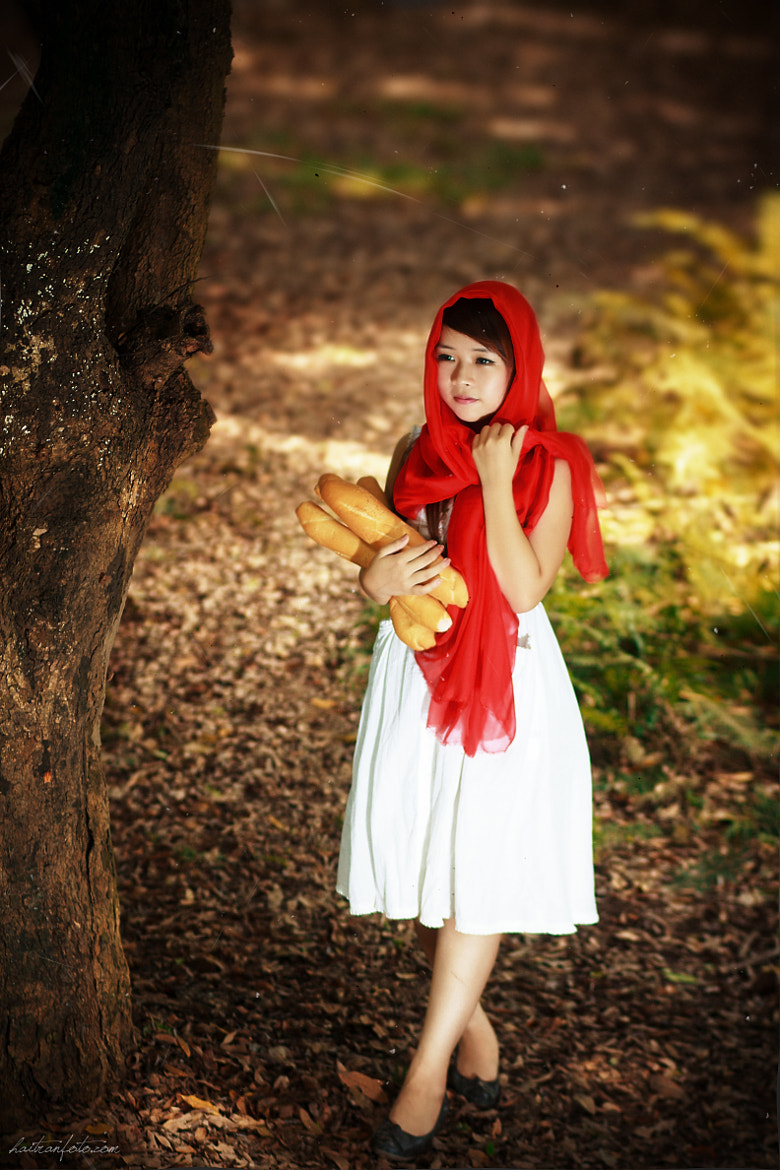 Photograph The Girl With The Red Ribbon  by Hai Tran on 500px