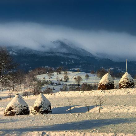 Haystack & snow