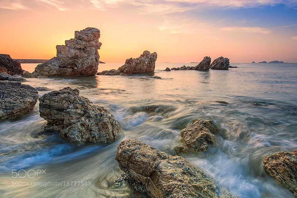 Photograph Title wave by pick chon on 500px