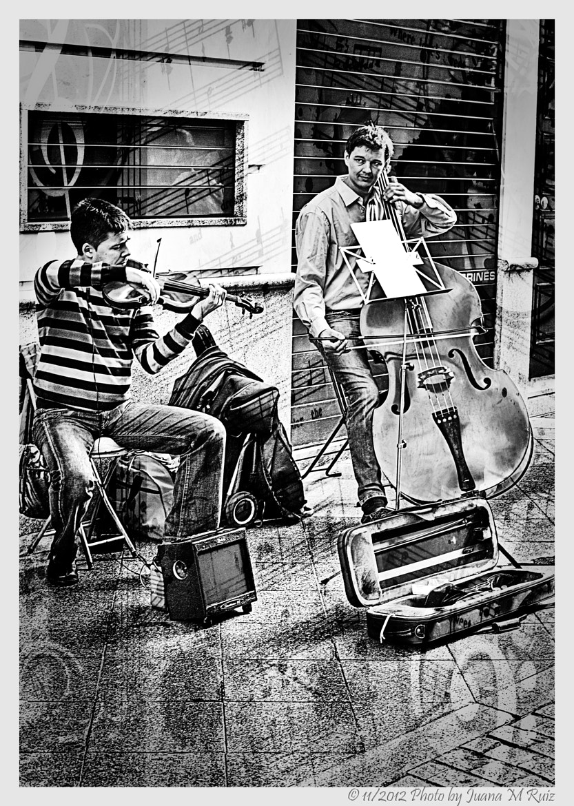 Photograph That's music!!! by Juana Maria Ruiz on 500px